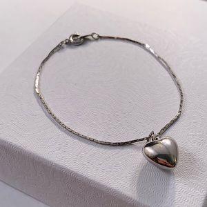 Jewelry - Silver bubble heart bracelet